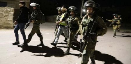 Israeli forces detain five Palestinians from West Bank