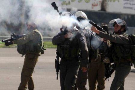 Israeli forces injure Palestinian workers near Jenin